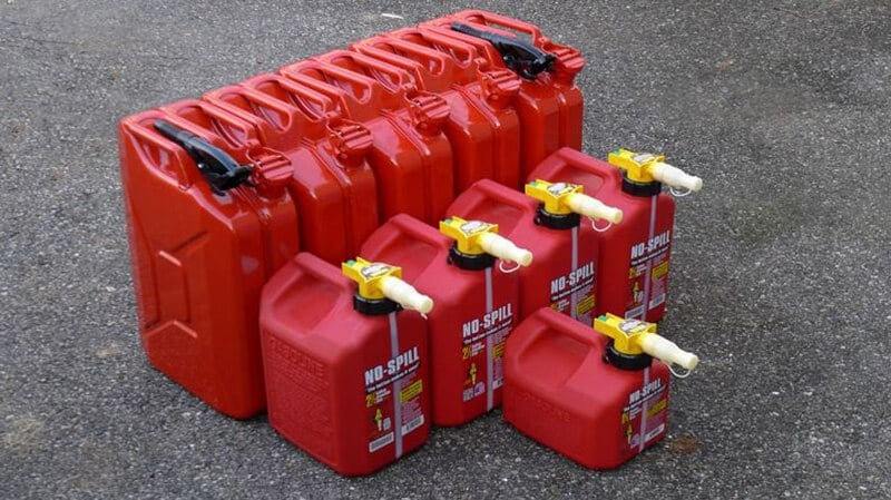 Buyer's Guide- The Best 5 Gallon Gas Can