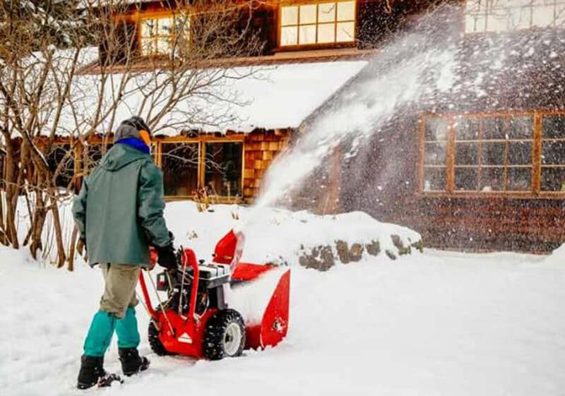 The Way to Pick the BEST 2 STAGE SNOW BLOWER FOR YOU